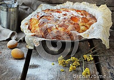 Apricot pie