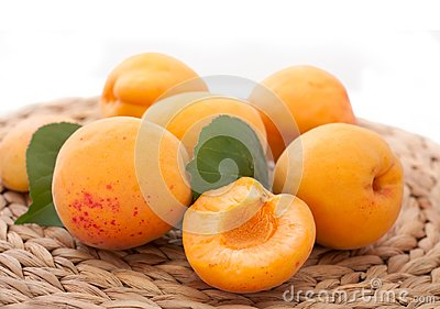 Apricots in a straw cloth