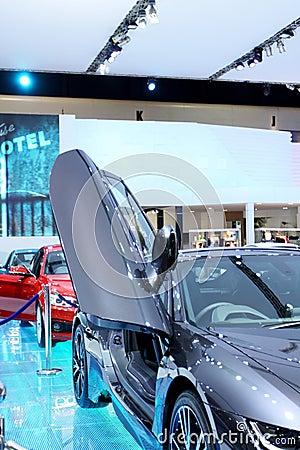 April 2 : BMW series I8 innovation car