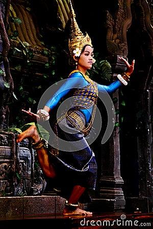 Free Apsara Dancer Royalty Free Stock Photo - 25236565