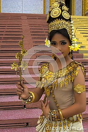 Free Apsara Dancer Stock Images - 27602774