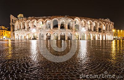 Arène, amphithéâtre de Vérone en Italie