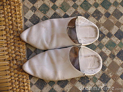 Arab shoes