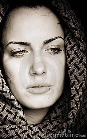Free Arab Woman With Piercing Stock Image - 7785311