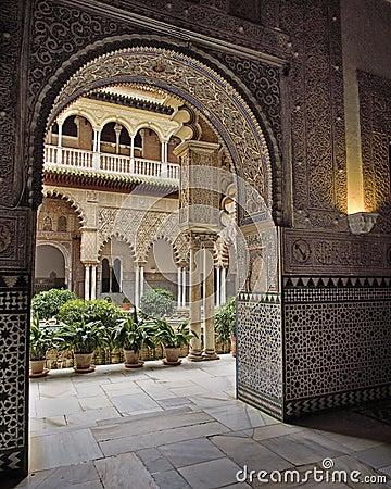 Arabic arch