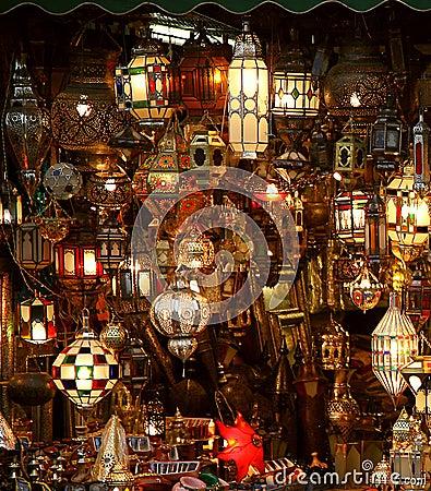 Free Arabic Lamps And Lanterns Royalty Free Stock Photo - 16359095