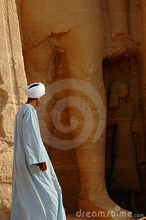 Free Arabic Man At Abu Simbel,Egypt Royalty Free Stock Photography - 16772267