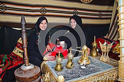 arabische frauen stockfoto bild 23885450. Black Bedroom Furniture Sets. Home Design Ideas
