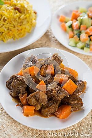 Arabiskt ris och fårkött