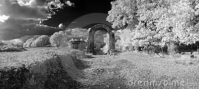 Arc of the ancient Carsulae in infrared