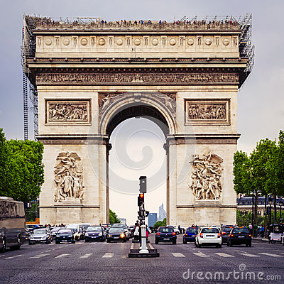 Free Arc De Triomphe In Paris - France - April 24. 2014 Royalty Free Stock Image - 40477416