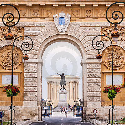 Free Arc De Triomphe, Montpellier, France. Royalty Free Stock Photo - 33049935