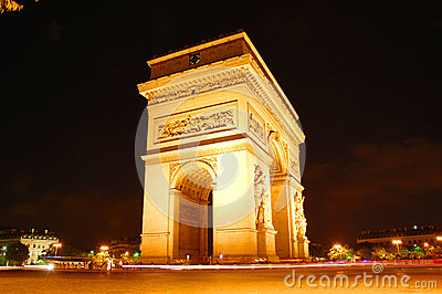 Arc the Triomphe at night