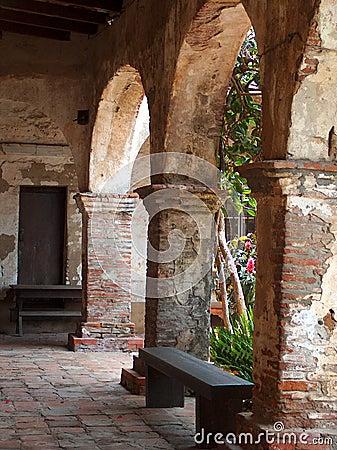 Arcada de la misión San Juan Capistrano