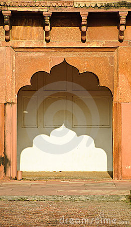 Arch in Agra fort, India