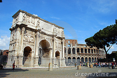 Arch of Constantine - Colosseo