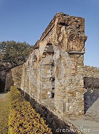 Arch feature garden Kumbhalgarh Fort