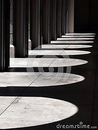 Arch shadow