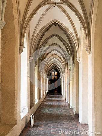 Free Arched Cloister Royalty Free Stock Image - 45274646