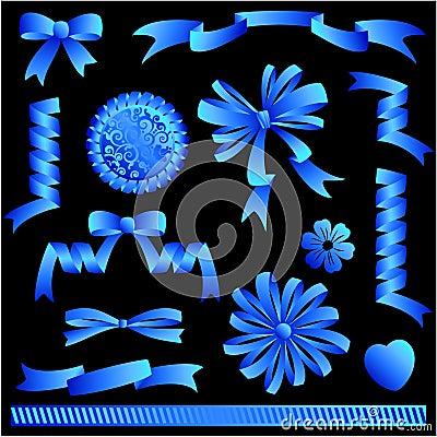 Archi del nastro blu, bandiere, abbellimenti