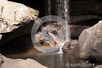 Arco iris en las caídas del águila