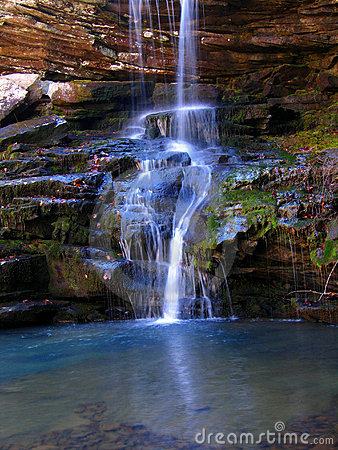 Free Arkansas Waterfall Royalty Free Stock Photography - 688087
