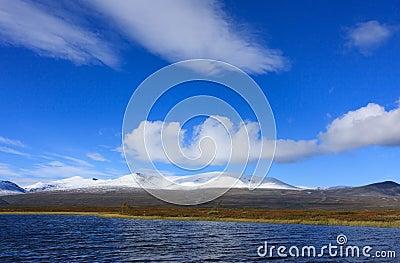 Arktische Herbstansicht