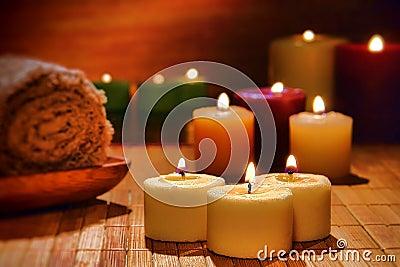虚拟aromatherapy灼烧的蜡烛温泉