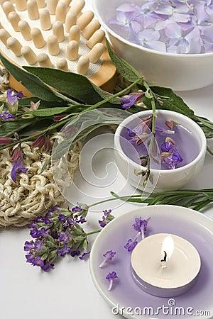 Aromatherapy and massage set