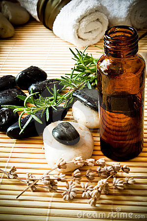 Free Aromatherapy Oil Stock Images - 19725774