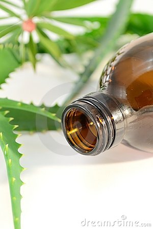 Aromatic spa oil