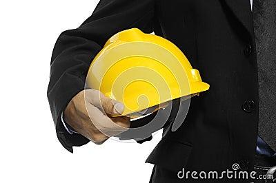 Arquitecto que sostiene el casco