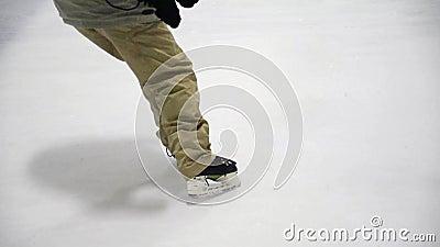 Arrêt de hockey sur glace banque de vidéos
