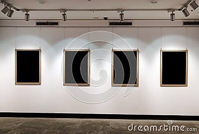 Art  exhibition  board