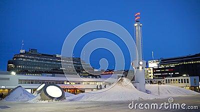 Art Museum Amos Rex op het Lasipalatsi-Vierkant in Helsinki, Finland stock video