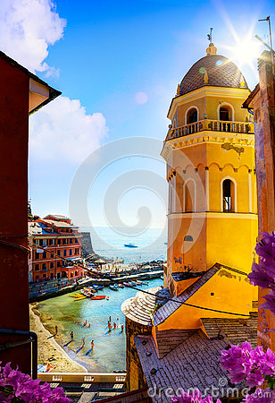 Free Art View Of Romantic Seascape In Vernazza, Cinque Terre, Liguria Royalty Free Stock Photography - 75244517