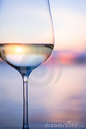 Free Art White Wine On The Sky Background Stock Image - 20591961