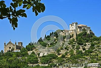 Arta, Majorca, com folhas do figo