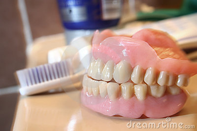 Artificial denture