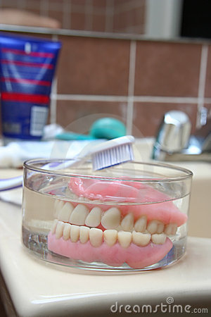 Free Artificial Denture Royalty Free Stock Photos - 2294398