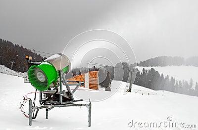 Artificial Snow cannon