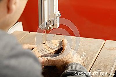 Artisan sawing billet