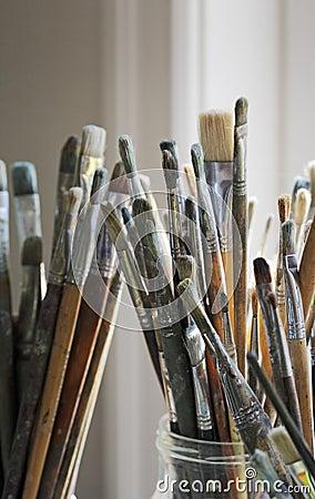 Artist s brushes