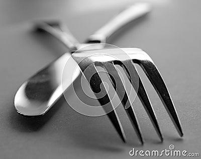 Artistic cutlery