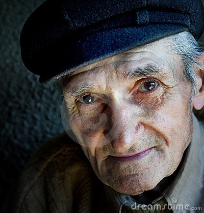 Free Artistic Portrait Of Friendly Senior Old Man Stock Photography - 12991552