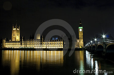 As casas do parlamento e da ponte de Westminster