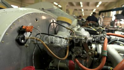 Ascendente cercano del motor de avión metrajes