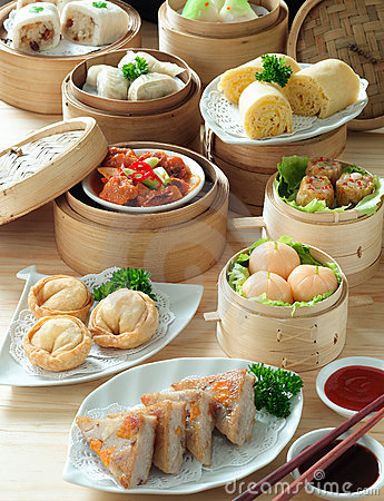 Free Asian Cuisine Stock Photos - 2565903