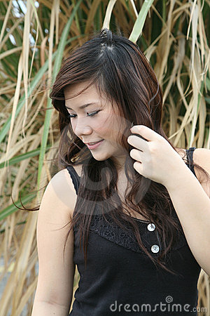 Free Asian Girl Looking To The Side Stock Photos - 2558833