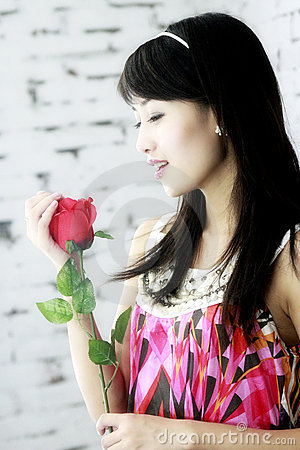 Free Asian Girls And Roses. Royalty Free Stock Photography - 6016697